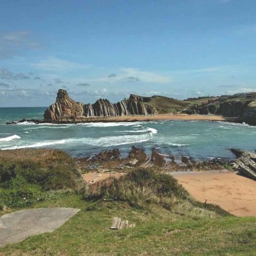 Playa de Cerrias | a 1,4 Km.