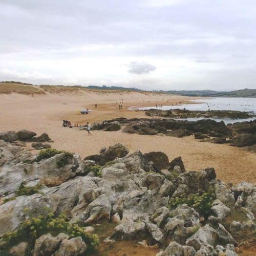 Playa de Valdearenas | a 3,3 Km.